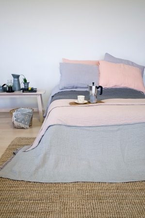 cocoon bed cover14